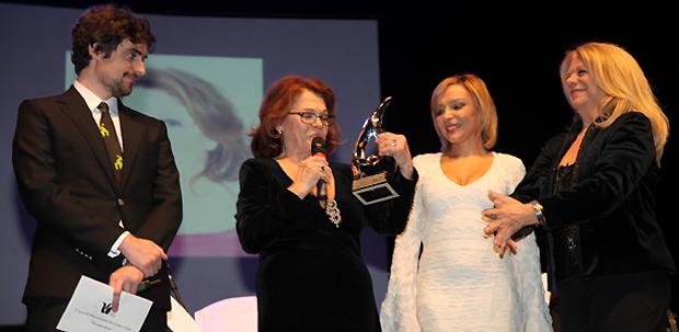 Valeria Fabrizi, Premia Rita Statte e Rosella Izzo