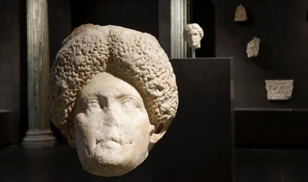 Foto - Ritratto femminile Inizi II sec d.C.