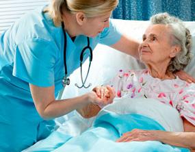 anziana-anziano-ospedale-infermiera-assistenza