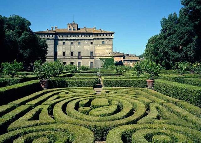 Castello-Ruspoli-Vignanello-Roma-700x500