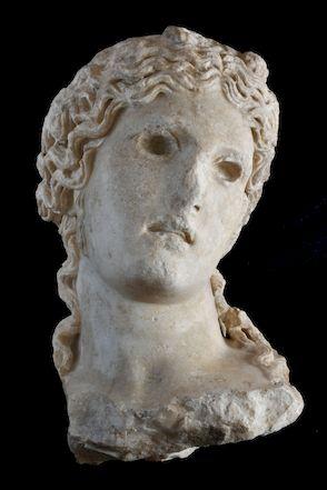 Testa-Dioniso-dopo-la-ripulitura