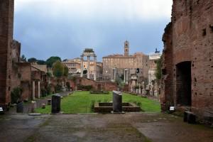 Foro Romano - Casa delle Vestali. Copyright parcocolosseo.